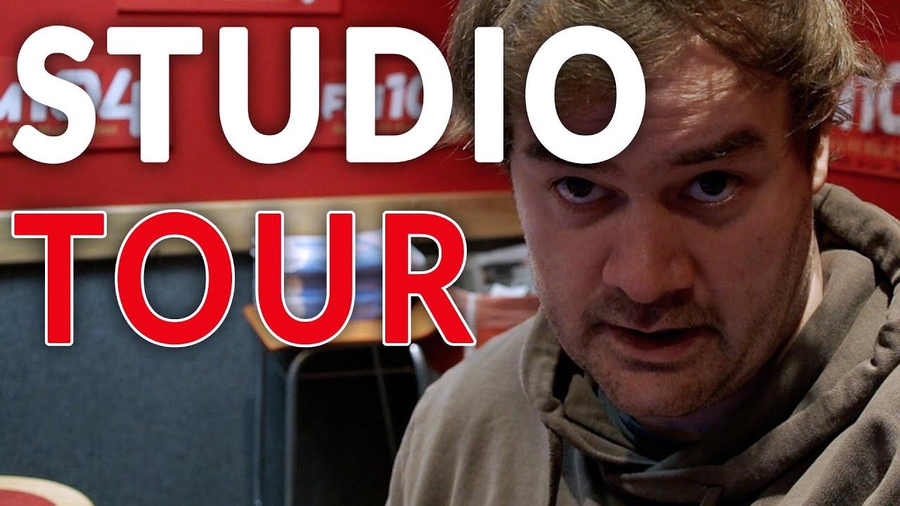 Radio studio FM104
